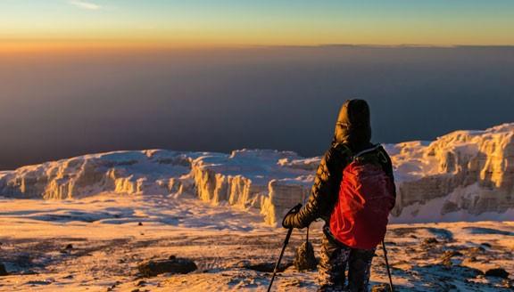 מטפס על הר הקילימנג'רו