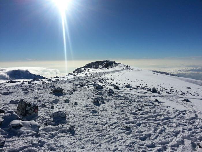 שלג בפסגת הר הקילימנג'רו