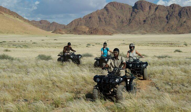 טרקטורונים בטיול בדאמארה לנד נמיביה