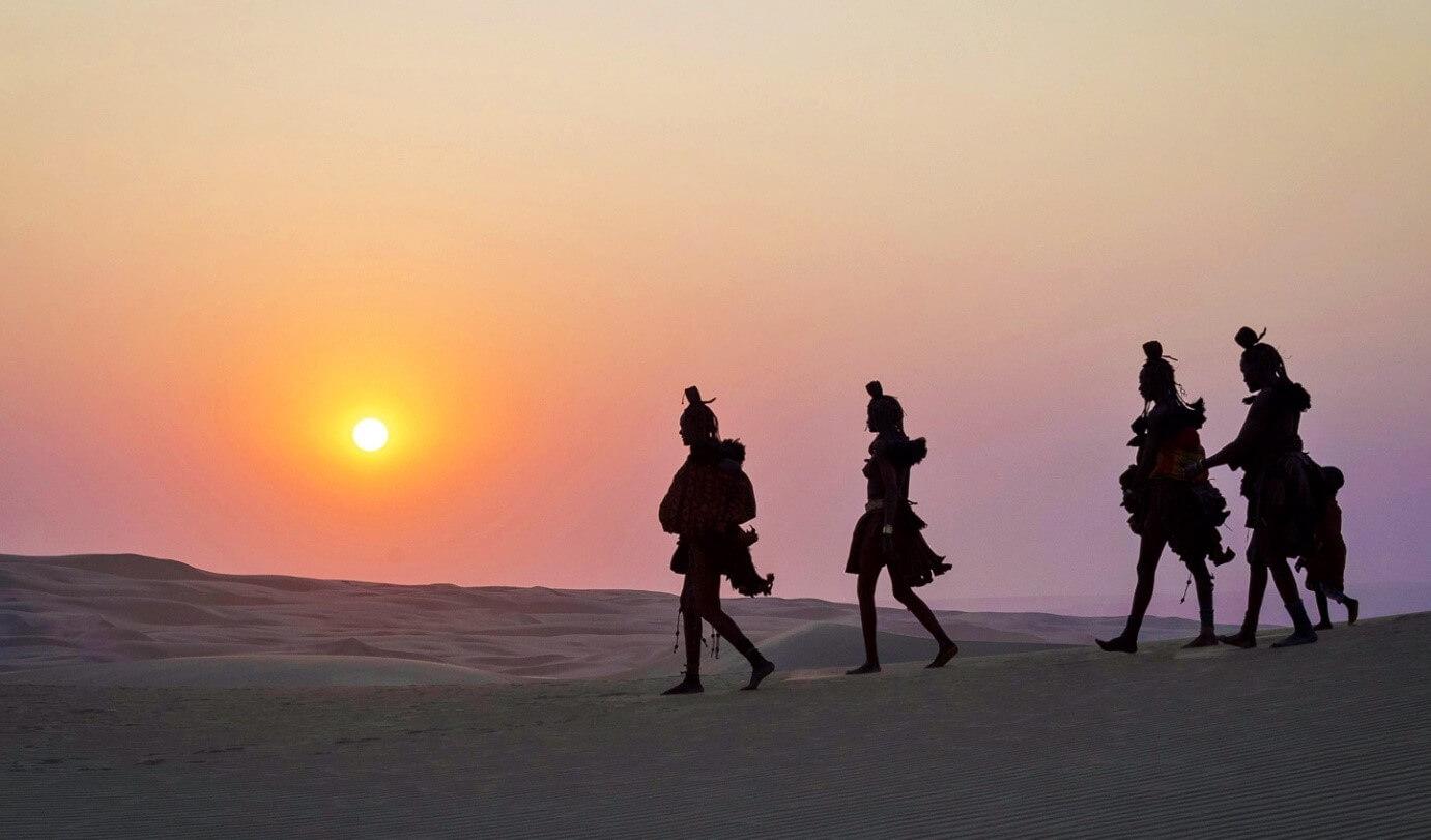 נוודים בני שבט ההימבה נמיביה